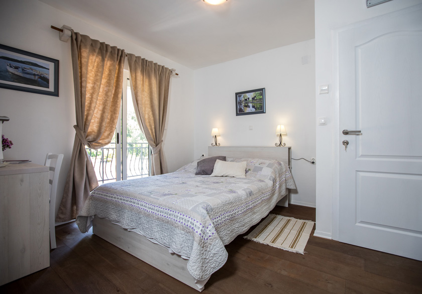 marijan apartment bedroom