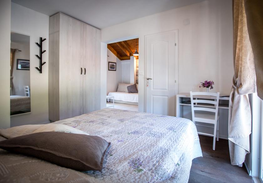 spavaća soba apartmana Marijan u Slanom