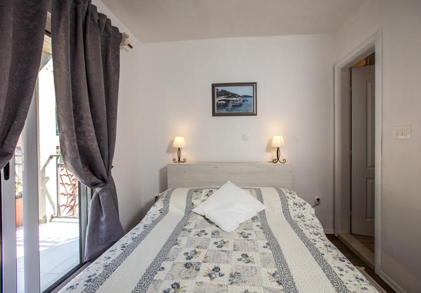 spavaća soba Mato u Slanom